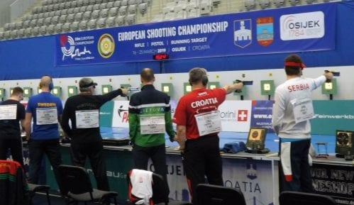 """Damir Mikec """"pogodio"""" finale, muški tim Srbije pištoljem u četvrtfinalu EP u Osijeku 13"""