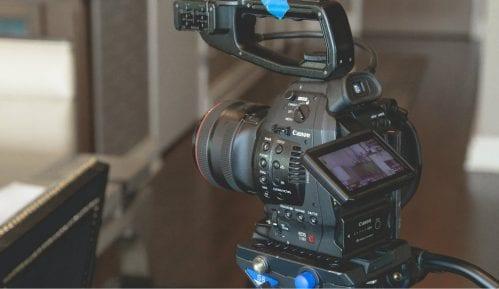 Kamera i telefon KTV televizije i dalje uhapšeni 14