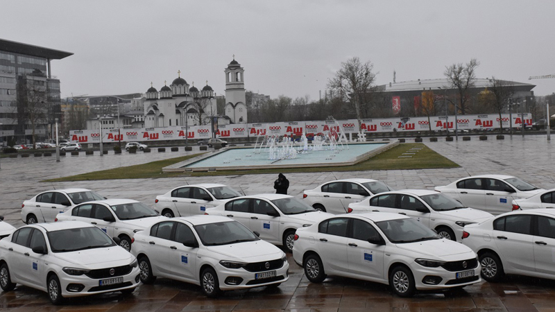 Predstavnici 30 gradova i opština dobili automobile zbog mobilnih timova za inkluziju Roma 1