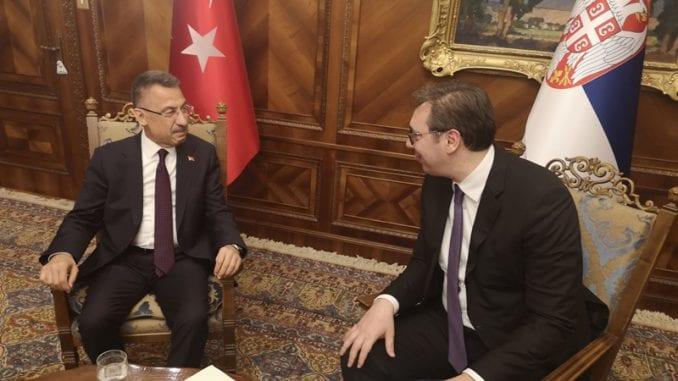 Vučić razgovarao sa turskim potpredsednikom o bilateralnim odnosima 1