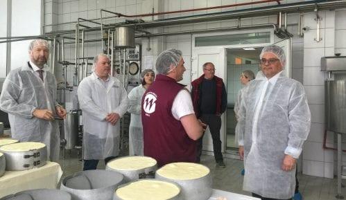 Češki ambasador posetio Mlekarsku školu u Pirotu 4
