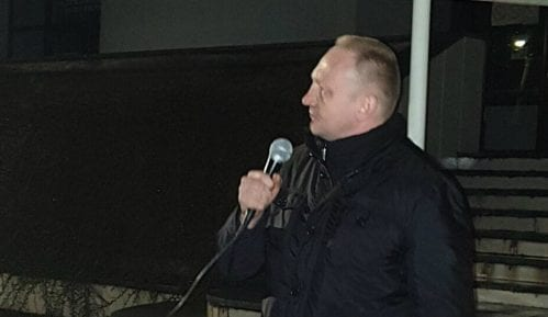 Đilas na protestu u Novoj Varoši: Vučić pokušava Srbiju da uvede u građanski rat 11