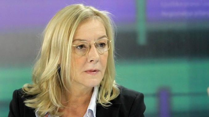 Olja Bećković očekuje da sud lako donese odluku o povredi autorskih prava 1