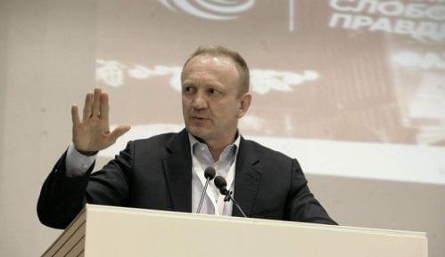 Dragan Đilas dobio još jednu presudu protiv Dragana J. Vučićevića 14
