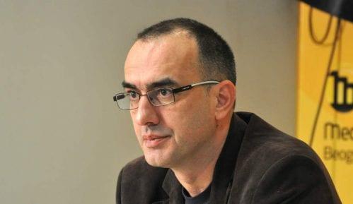 Dinko Gruhonjić o pretećim grafitima: Slične poruke sam dobijao i od vlasti 10