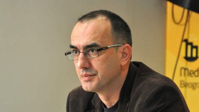 Dinko Gruhonjić o pretećim grafitima: Slične poruke sam dobijao i od vlasti 4