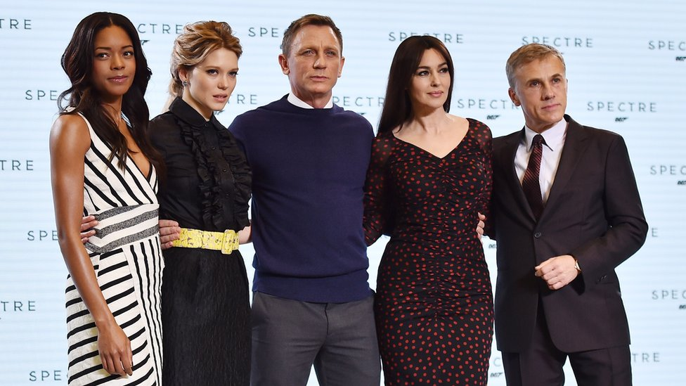 Daniel Craig with co-stars Naomie Harris, Lea Seydoux, Monica Bellucci and Christoph Waltz at the Spectre launch in 2014