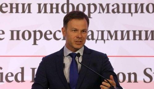 "Stručna komisija ""odbranila"" doktorat Siniše Malog 1"