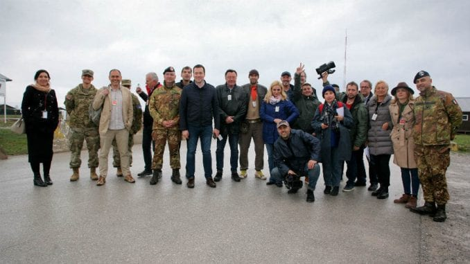 Albanci u Peći Srbe teraju da se izjasne kao Bošnjaci 3