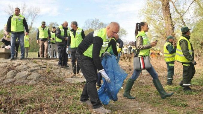 Akcija čišćenja obale Dunava i Save u Beogradu 4