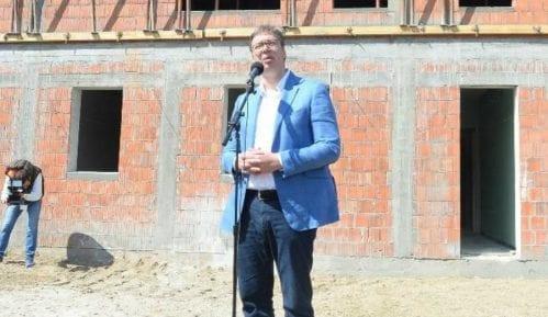 Gradska vlast organizator stranačkog mitinga u Novom Sadu 6