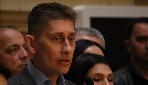 Dekan brani odluku da angažuje Martinovića za predavača 8