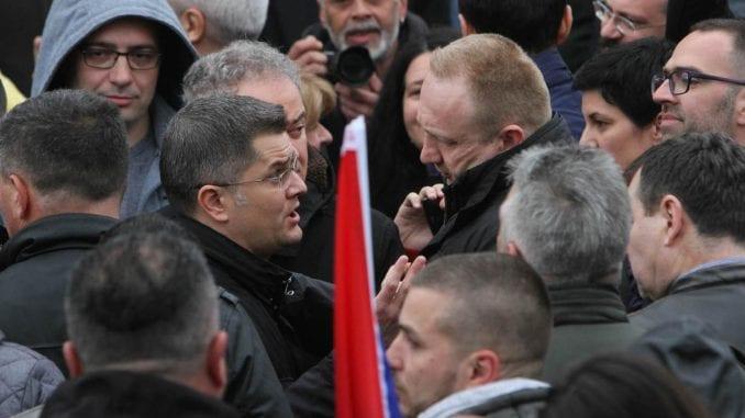 Sastanak opozicije u beogradskoj opštini Stari grad u petak 1