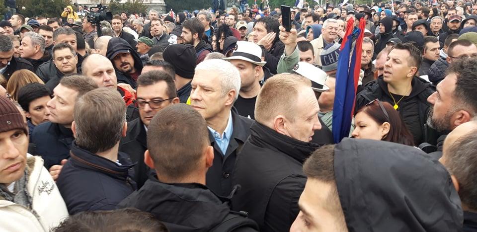 """Procena opozicije - 35.000 ljudi na protestu """"1 od 5 miliona"""" (FOTO, VIDEO) 10"""