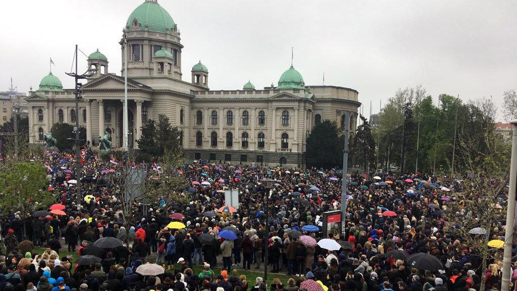 """Procena opozicije - 35.000 ljudi na protestu """"1 od 5 miliona"""" (FOTO, VIDEO) 12"""