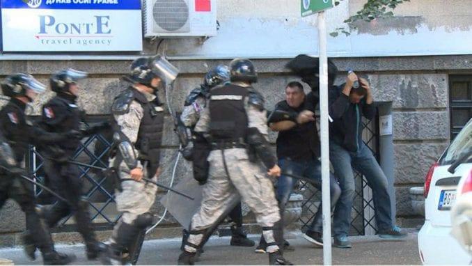 Žandarmi osuđeni za napad na Vučića i Malog dobili otkaz 2
