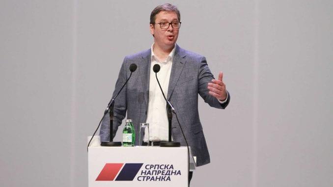 Vučić najavio na skupu karnevalsku atmosferu 1