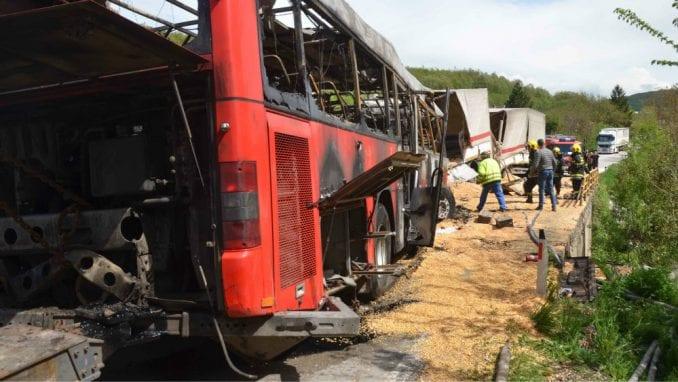Broj žrtava nesreće kod Kuršumlije se popeo na pet, istraga u toku 1