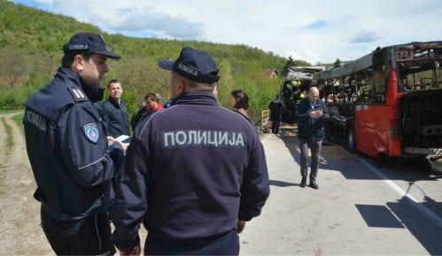 U sudaru autobusa i automobila na Ibarskoj magistrali četvoro povređeno 9