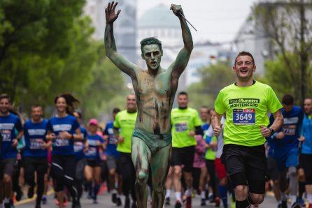 Ko je momak o kome su svi pričali na maratonu (FOTO) 2