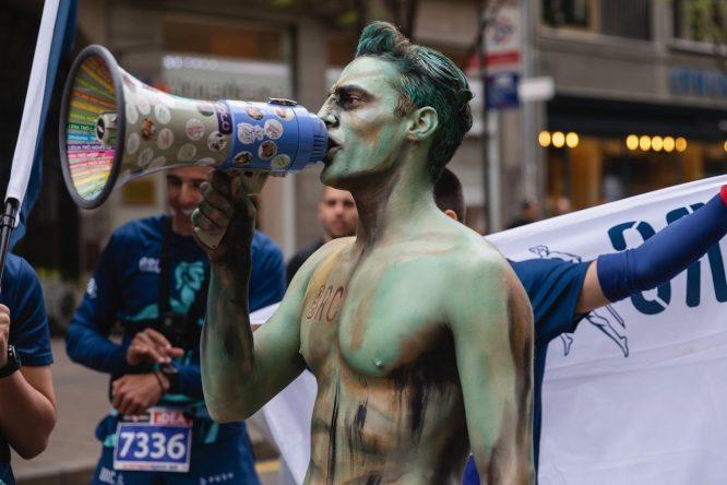 Ko je momak o kome su svi pričali na maratonu (FOTO) 5