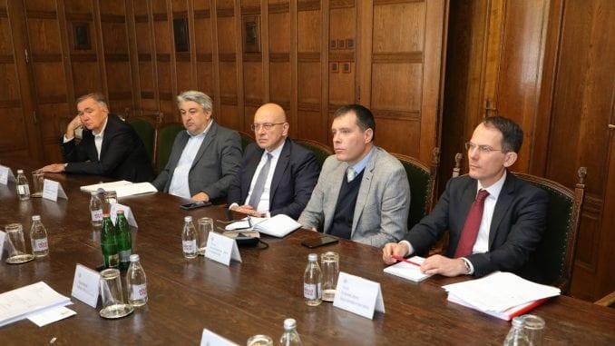Vukosavljević sa akademicima o strategiji razvoja kulture 1