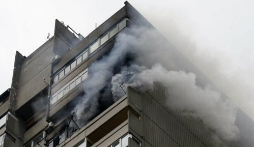 MUP: Lokalizovan požar na Voždovcu, poginula jedna osoba(FOTO) 14