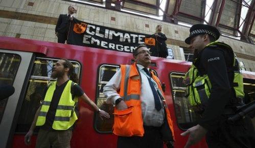 Demonstranti i danas blokirali glavne raskrsnice u Londonu 3