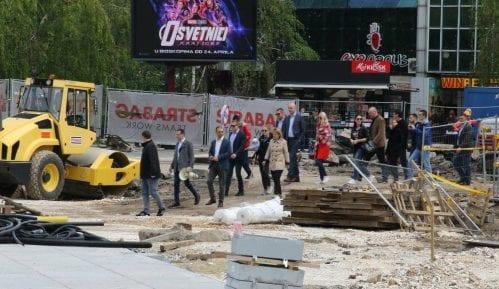 Grupa građana blokirala radove na gradilištu na Trgu Republike (VIDEO) 11
