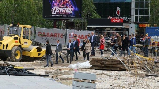Grupa građana blokirala radove na gradilištu na Trgu Republike (VIDEO) 1
