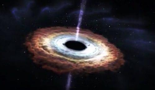 Astronomi prikazali prvi put fotografiju crne rupe u svemiru 14