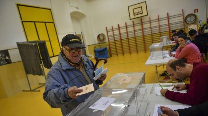 Španija: Otvorena birališta za parlamentarne izbore 1