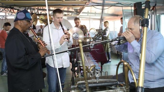 Hamid Drejk i Vilijam Parker gosti multimedijalnog performansa u Novom Sadu 1