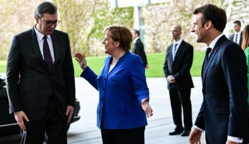 Velebit: Spoljnopolitička pozicija Srbije nije dugoročno održiva 13