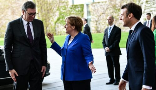 DW: EU treba da suspenduje pregovore sa Srbijom dok je Vučić na vlasti 5