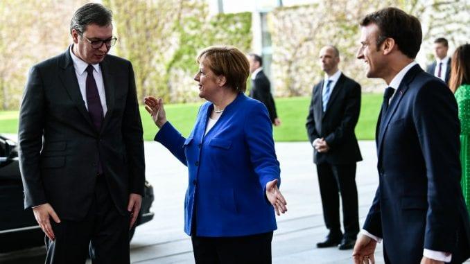 DW: EU treba da suspenduje pregovore sa Srbijom dok je Vučić na vlasti 2