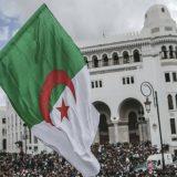 Policija u Alžiru suzavcem rasterala protest u glavnom gradu 15