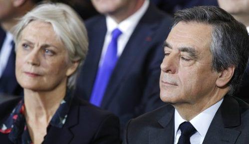 Bivšem francuskom premijeru Fijonu i supruzi biće sudjeno za korupciju 1