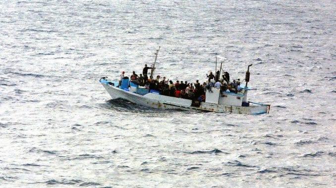Oko 150 migranata nestalo u Sredozemnom moru blizu Libije 2