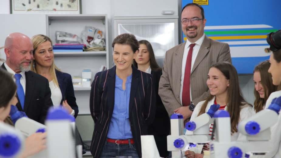 Brnabić: Obrazovanje u fokusu Nacionalnog dana davanja 1