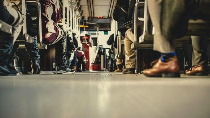 Građani Srbije u proseku sede pet sati dnevno 3