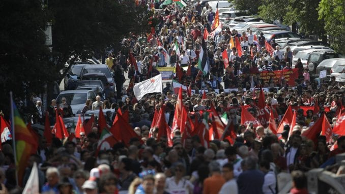 Hiljade Italijana proslavilo Dan oslobođenja od fašizma 5