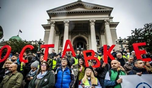 """Procena opozicije - 35.000 ljudi na protestu """"1 od 5 miliona"""" (FOTO, VIDEO) 1"""