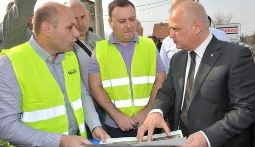 Vesić: Proširenje kanalizacione mreže u Obrenovcu 6