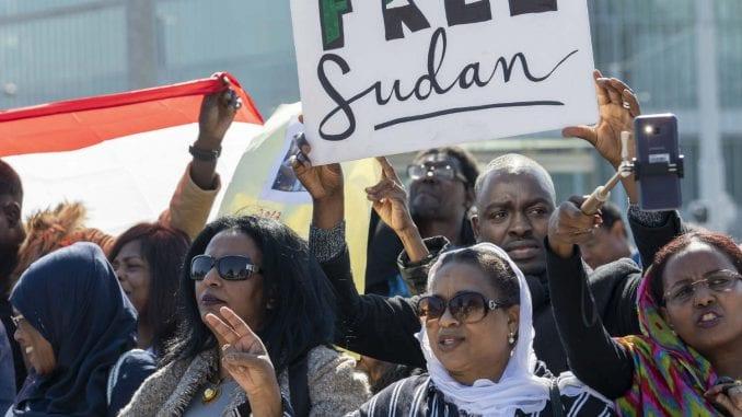 Afrička unija dala sudanskoj vojsci rok od dva meseca da vlast preda civilima 1