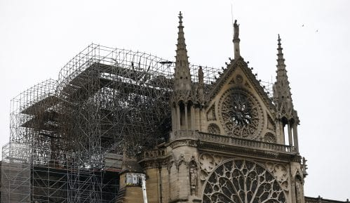 Više od 920 miliona evra za obnovu katedrale Notr Dam, šest meseci posle požara 9