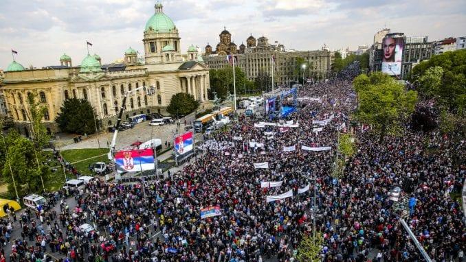 Završen miting SNS u Beogradu, bez procene MUP o broju okupljenih (FOTO, VIDEO) 1