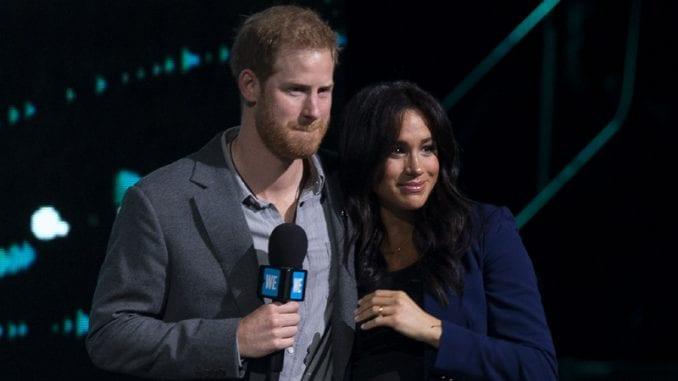 Megan Markl otputovala u Kanadu, princ Hari ostao da razgovara s kraljicom 4