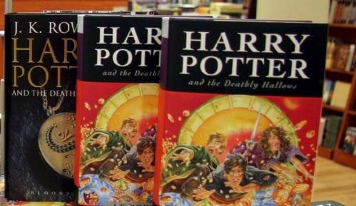 Autorka Harija Potera vraća nagradu povezanu sa porodicom Kenedi 15