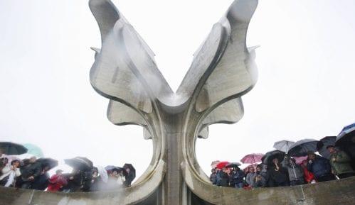 Predstavnici manjina i antifašista na komemoraciji u Jasenovcu 11
